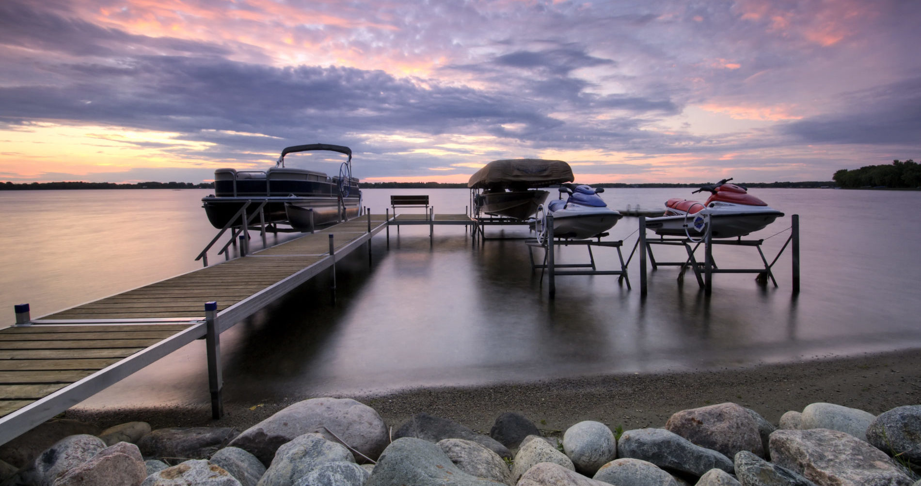 instadock dock, docking, boat lifts, floating dock, portable docks, lakes, alberta, manitoba, saskatchewan
